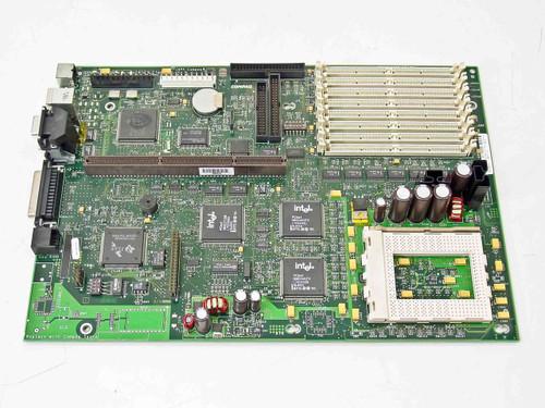 Compaq 283946-001  Deskpro 4000 686 System Board