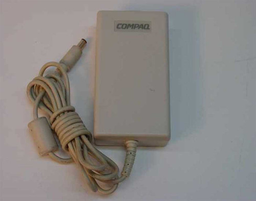 Compaq 213563-001  AC Adapter 18VDC 1.9A Barrel Plug - Compaq LTE 500