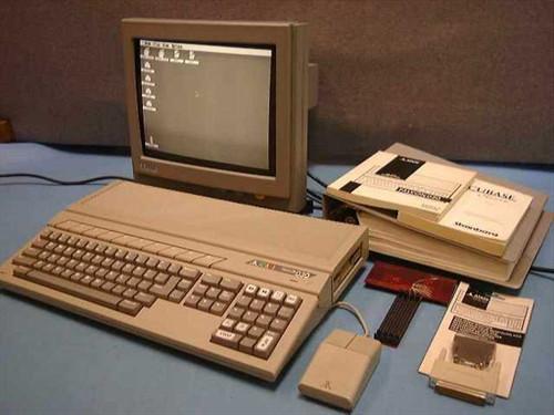 Atari 030  Falcon 030 Classic Computer System w/Software