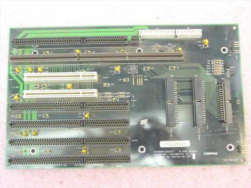 Compaq 172624-001  Backplane Board Deskpro 575