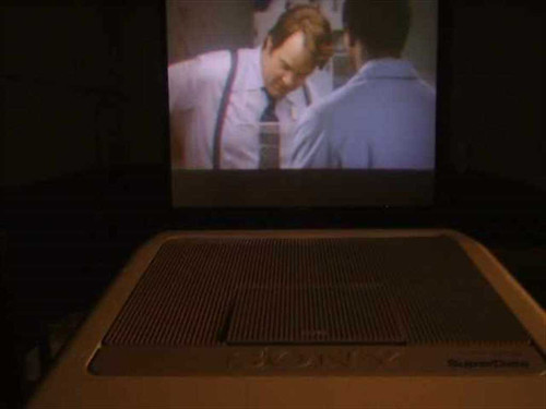 Sony VPH-1252Q  Sony Multiscan HDTV CRT Video Projector