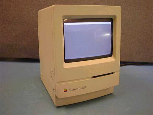 Apple M4150  Macintosh Mac Classic II Computer