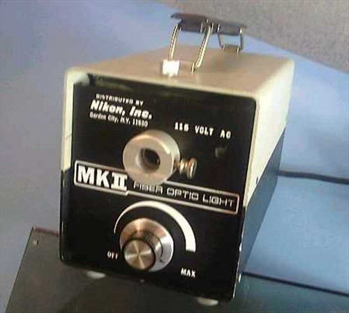 Nikon MKII  Fiber Optic Light Source 150 Watt - As Is