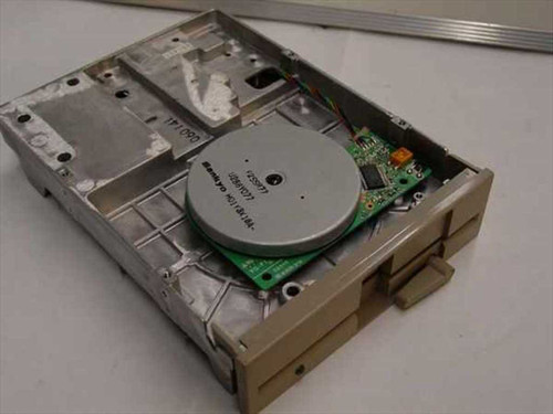 "Compaq 141367-001  1.2 MB 5.25"" Internal Floppy Drive - MF504C"