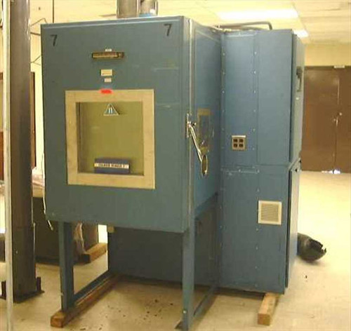 Envirotronics EV12-2-7.5-CO2  12 CF Agree Environmental Chamber w/Controller