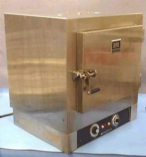 Blue M OV-185 A  Large Oven 38-288 Deg C