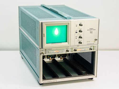 Tektronix 7704A  Oscilloscope System for Parts or Repair