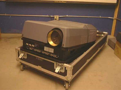 Barco 9200 LC  BarcoGraphics Light Canon Video Projector