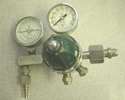 Oxequip 4468  Oxygen Regulator w/ Gauges