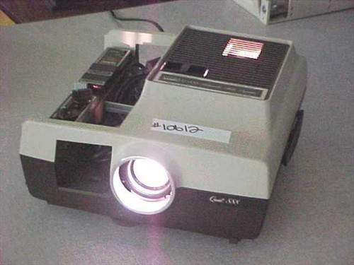 Montgomery Wards Q-888  Automatic Slide Projector