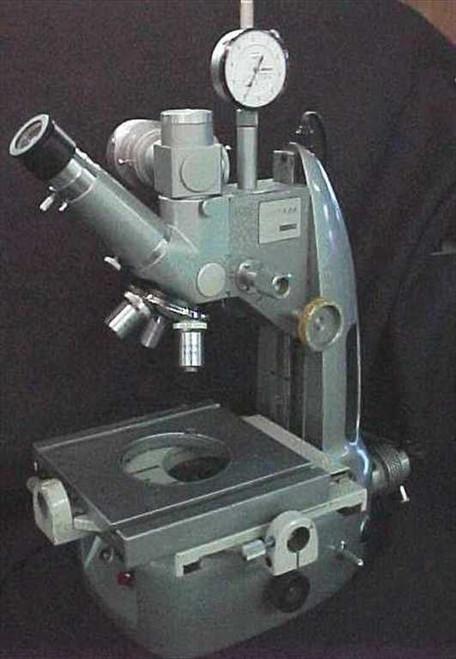 Unitron TMS-4965  Toolmaker Measuring Microscope