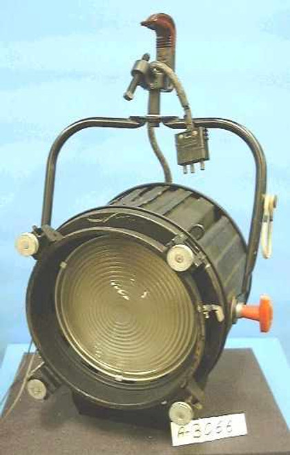 Strand Century 3501 TV  2000 Watt Fresnel Stage Light
