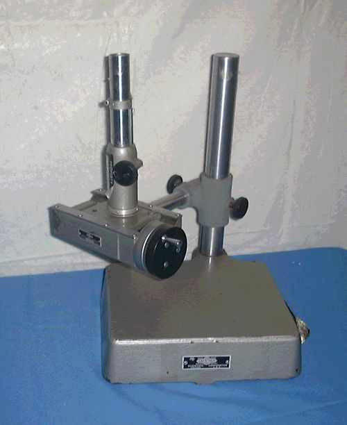 Gaertner Scientific Corp. M1180LE  Traveling Microscope Comparator