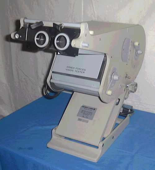 Bausch & Lomb Stereoscope Vision Tester  Armed Forces Vision Tester