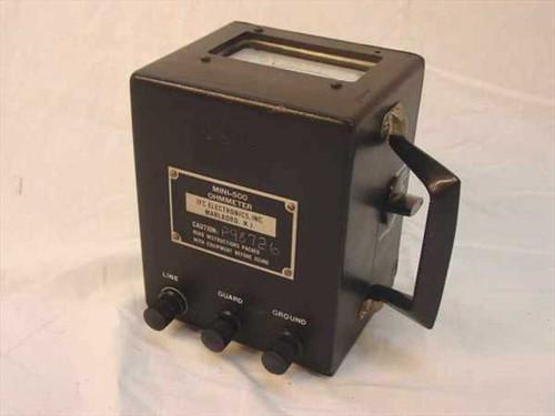 JFC Electronics Mini-500  Hand Crank Ohmmeter Insulation Tester