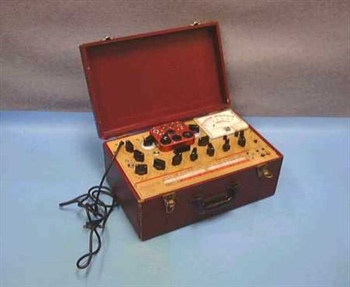 Hickok 6000A  Micromho, Dynamic Tube Tester in carry case.