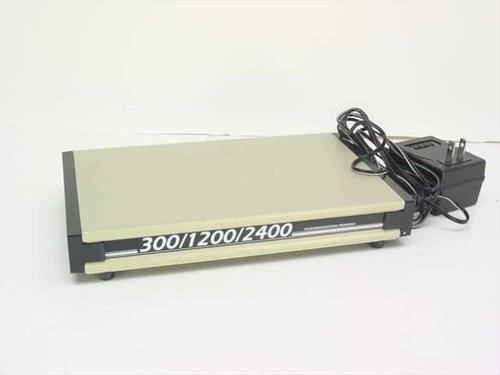 Infiniti 300/1200/2400  Baud External Supermodem Modem