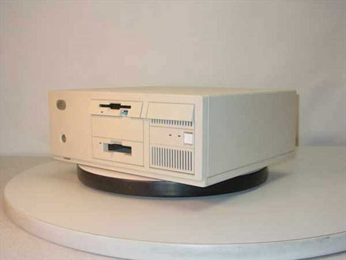 IBM 8557-049  486SLC2 486 PS2 Microchannel Desktop Computer