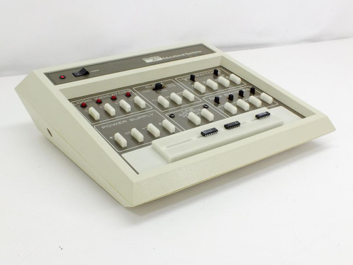 HeathKit ET-3200  Digital Design Experimenter