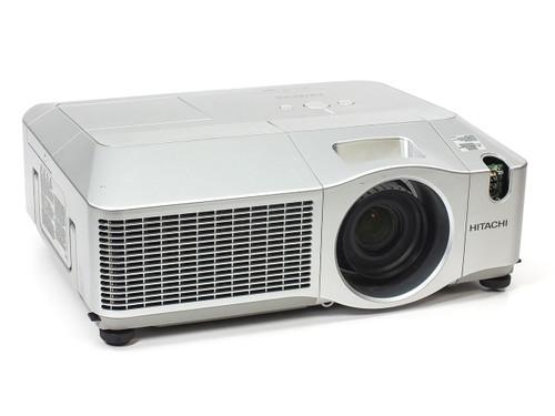 Hitachi CP-X605 Digital Multimedia LCD Projector 1024 x 768 4000 Lumens 1000:1