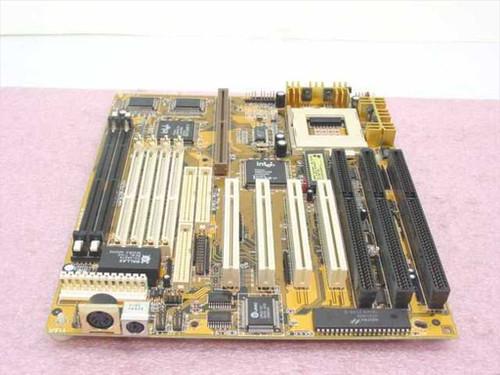 Trigear Socket 7 System Board (L-9643-8)
