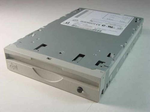 Iomega Zip Drive Internal Z100ATAPI (04137D01)
