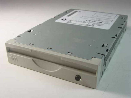 Iomega Zip Drive Internal Z100ATAPI (02844B01)