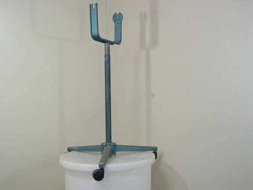 Steel 26x39 AV Light Portable Roller Stand