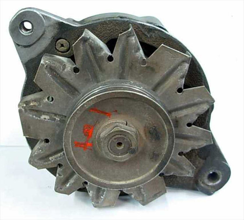 Mitsubishi 12 Volt Alternator from Truck (TVG)