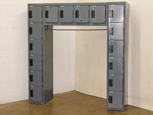 Edsal 16 Person Locker Unit with Coat Rod (69x20x72)