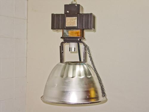 Lumark HID 120 Volt to 208 Volt Hanging Warehouse Lamp Fixture - No Bulb