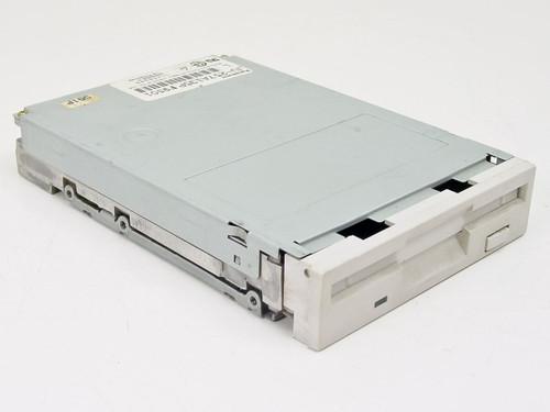 "Panasonic 1.44 MB 3.5"" Floppy Drive (JU-257A135P)"