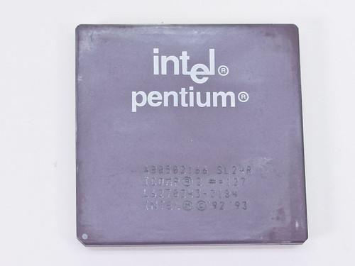 Intel Pentium 1 166Mhz CPU Processor Chip A80502166  SL24R