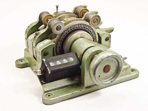 Moviola 16mm Magnasync Film Synchronizer (SZB)
