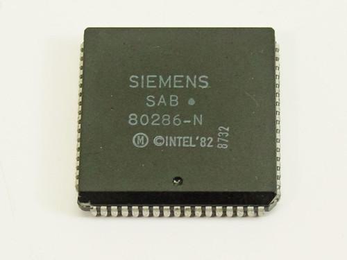 Siemens 8 MHz 68-pin Vintage Microprocessor (80286-N)