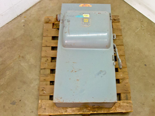 Square D 3 Phase Single Throw Fusible Safety Switch -AS-IS Broken Lug (H365)