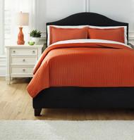 Raleda Orange Queen Coverlet Set
