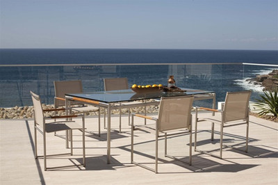 Harbour Outdoor Breeze Dining Table
