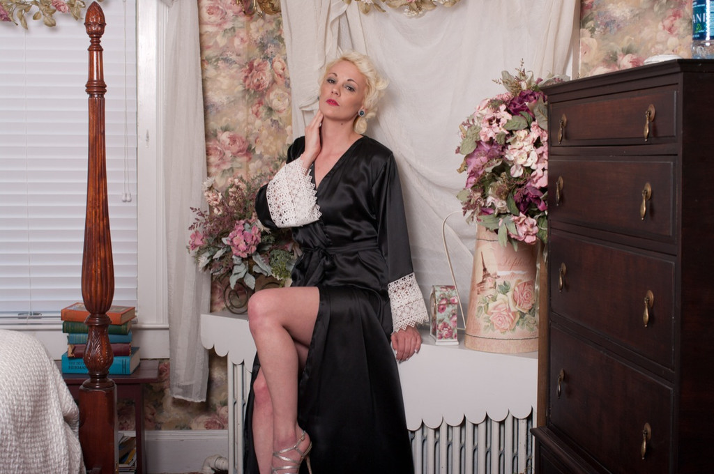 Black Luxurious Silk Lace Robes