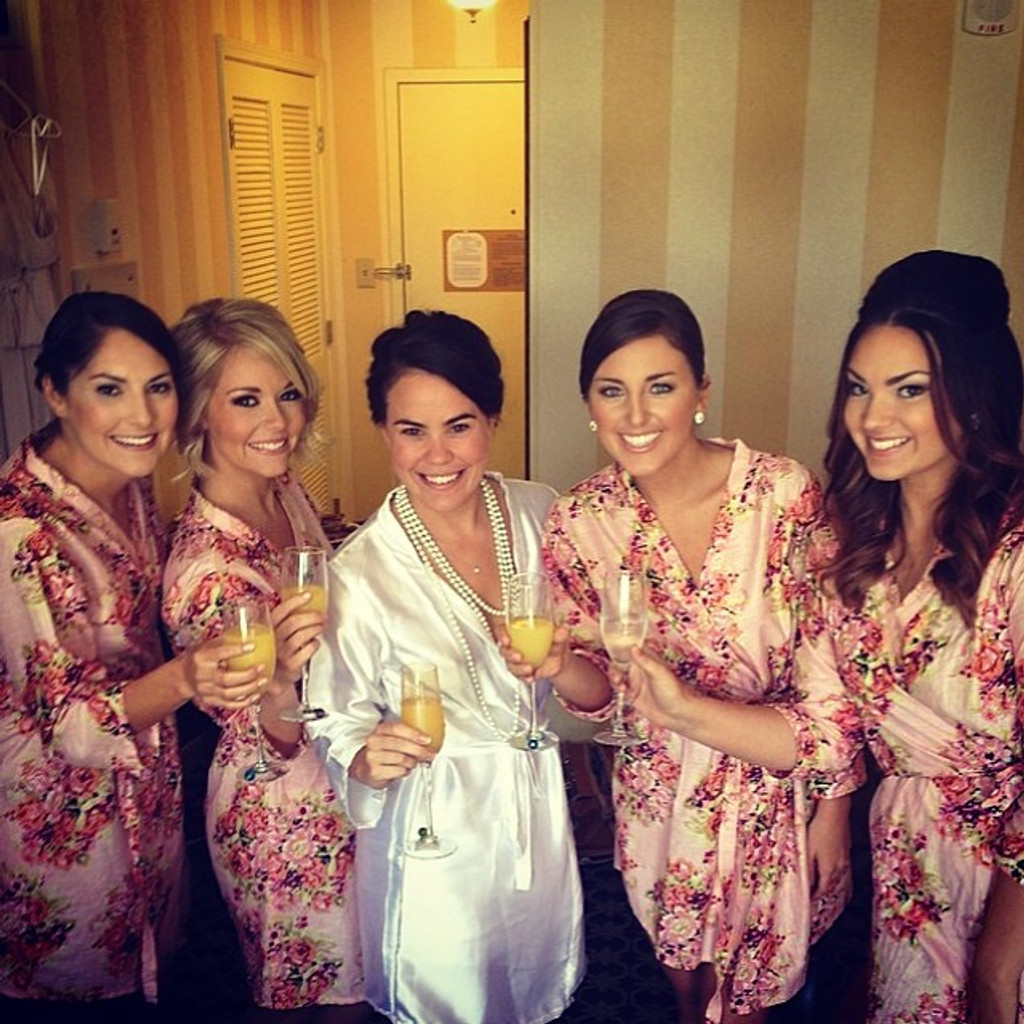 Pink Robes for bridesmaids | Getting Ready Bridal Robes