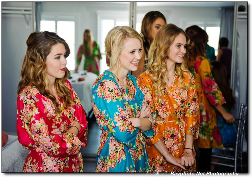 Red Floral Posy Robes for bridesmaids | Getting Ready Bridal Robes