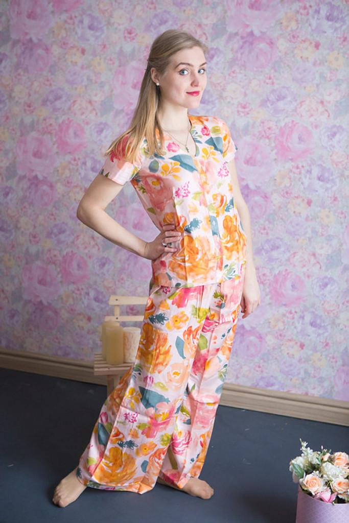 U-shaped neckline Style PJs in Her long petal garden Pattern