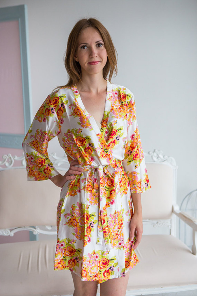 Champagne Floral Posy Silk Bridesmaids robes