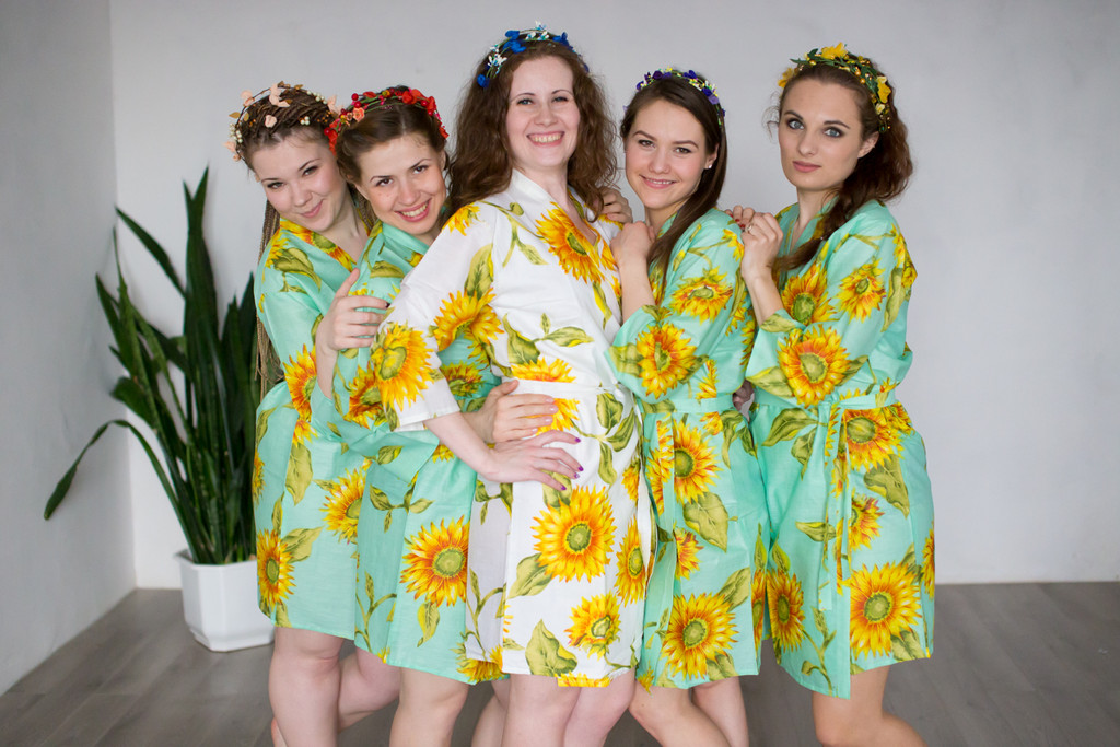 Mint Sunflower Robes for bridesmaids | Getting Ready Bridal Robes
