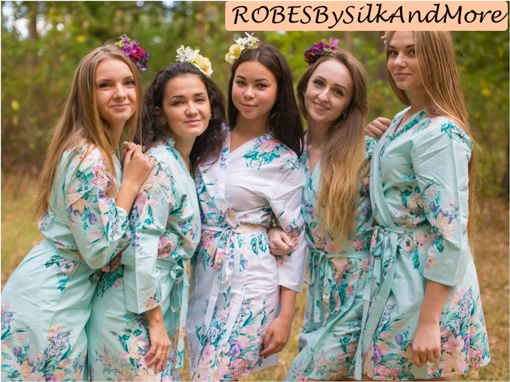 Light Blue Blooming Flowers pattered Robes for bridesmaids | Getting Ready Bridal Robes