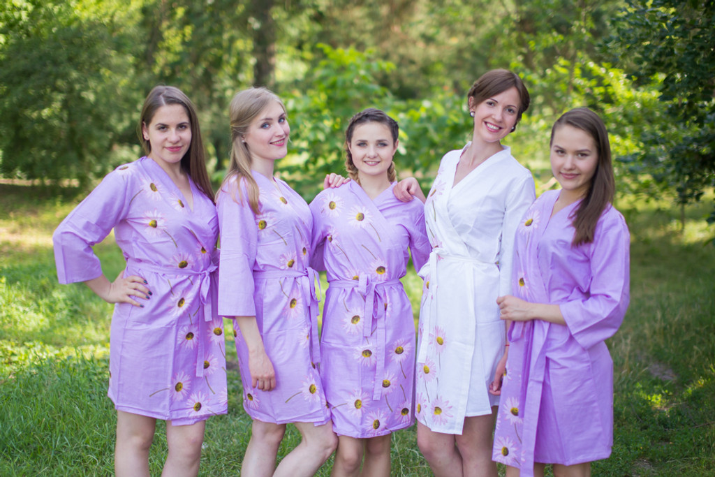 Lilac Falling Daisies pattered Robes for bridesmaids | Getting Ready Bridal Robes