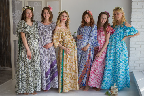 Mommies in Geometric Chevron Maxi Dresses