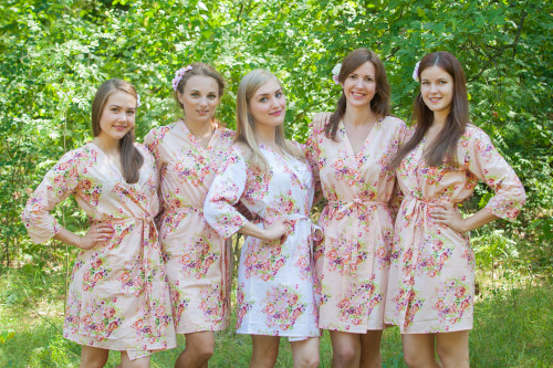 Blush Floral Posy Robes for bridesmaids | Getting Ready Bridal Robes