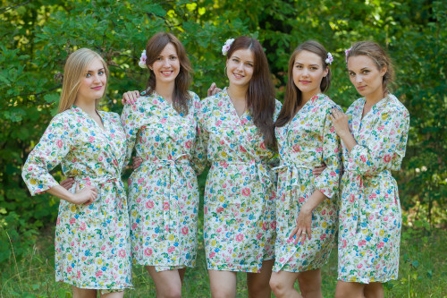 White Happy Flowers pattered Robes for bridesmaids | Getting Ready Bridal Robes