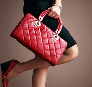 woman-with-red-quited-bag.jpg